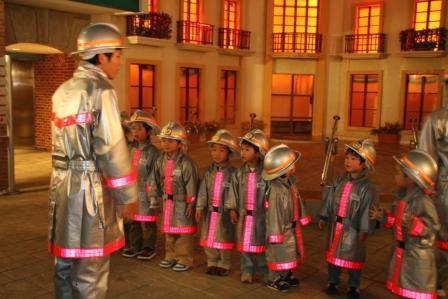 キッザニア 消防士体験4